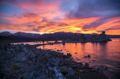 SUI (JEN)ERIS PHOTOGRAPHY - Sunset - Mono Lake, California