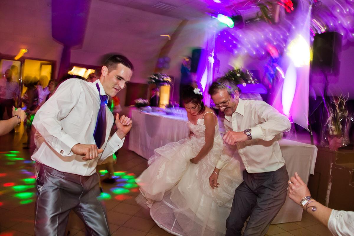 Instants Photos - Photographe de Mariage, Bébé et Enfant dans les Yvelines 78 & Paris 75. - Photographe mariage soirée fête party repas 78 Yvelines 75 Paris - Instants Photos