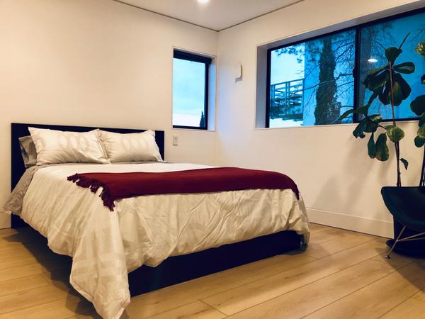Schism Design - Guest bed