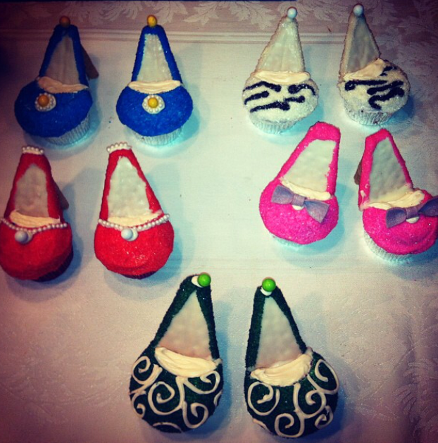A Bakers Journey - Shoe Cupcakes!
