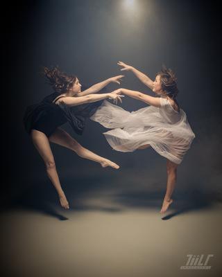 TiiLT Imagewerks - Ying and Yang | Bayleigh and Cierra