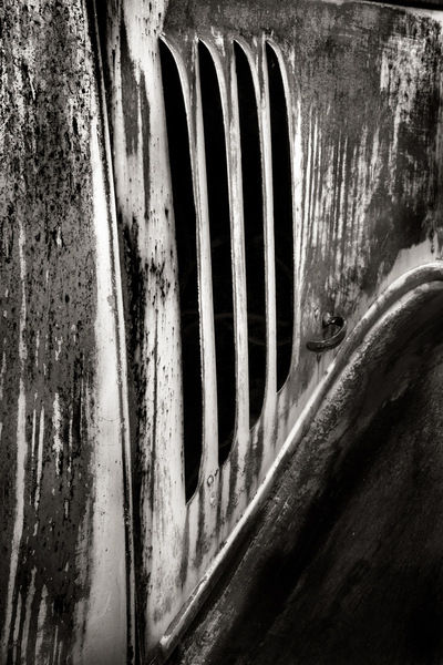 Nieslony Photography - Truck Vent