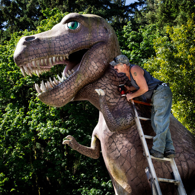 Nieslony Photography - The T-Rex Whisperer