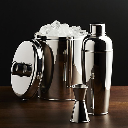 arh creative - Easton Barware Client: Crate & Barrel Photo: Courtesy of Crate & Barrel