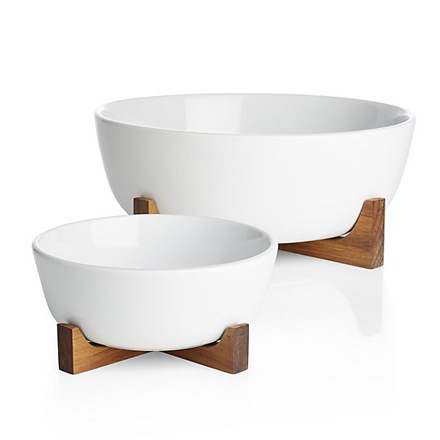 arh creative - Oven to Table Serving Bowl Set Client: Crate & Barrel Photo: Courtesy of Crate & Barrel