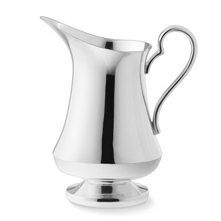 arh creative - Presidio Pitcher Client: Williams-Sonoma Photo: Courtesy of Williams-Sonoma