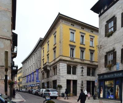 Pallaoro Balzan e Associati - Progetto per risanamento conservativo di Palazzo Moncher, Ex Banca Commerciale, Trento