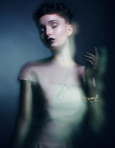 Make Up by ASM - Luminescent Haze for Ellements Magazine