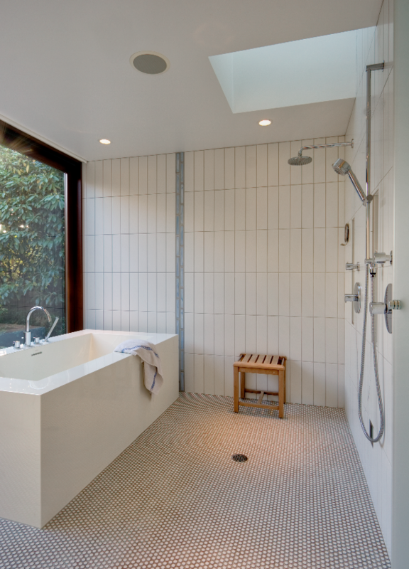 Holland Stephens Interiors - Master bathroom