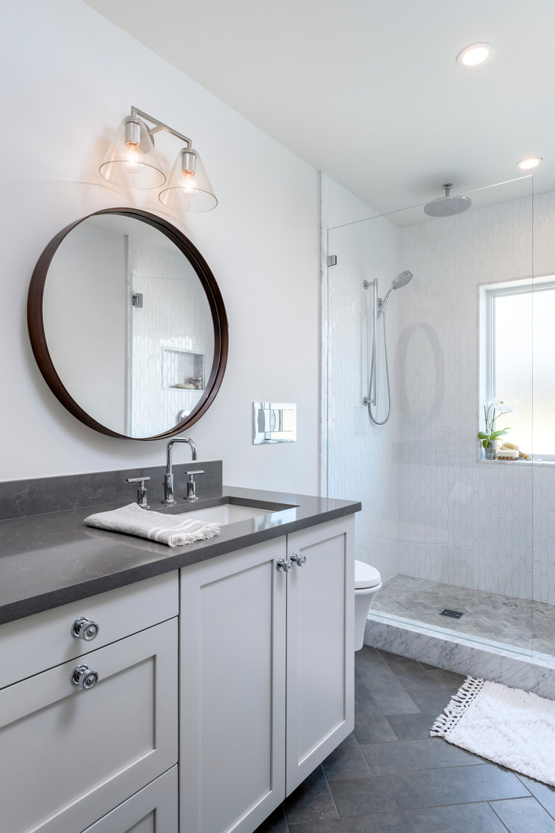 Holland Stephens Interiors - Remodeled guest bath.