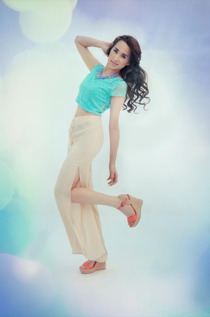 Yadin  Yin - Sweet Blossom